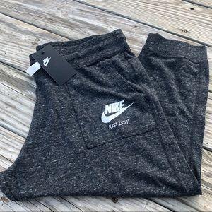 NWT - NIKE Gym Vintage Capri Pants